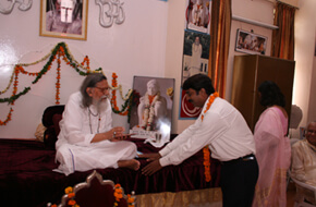 Felicitation of Music composer Shri A Saxena
